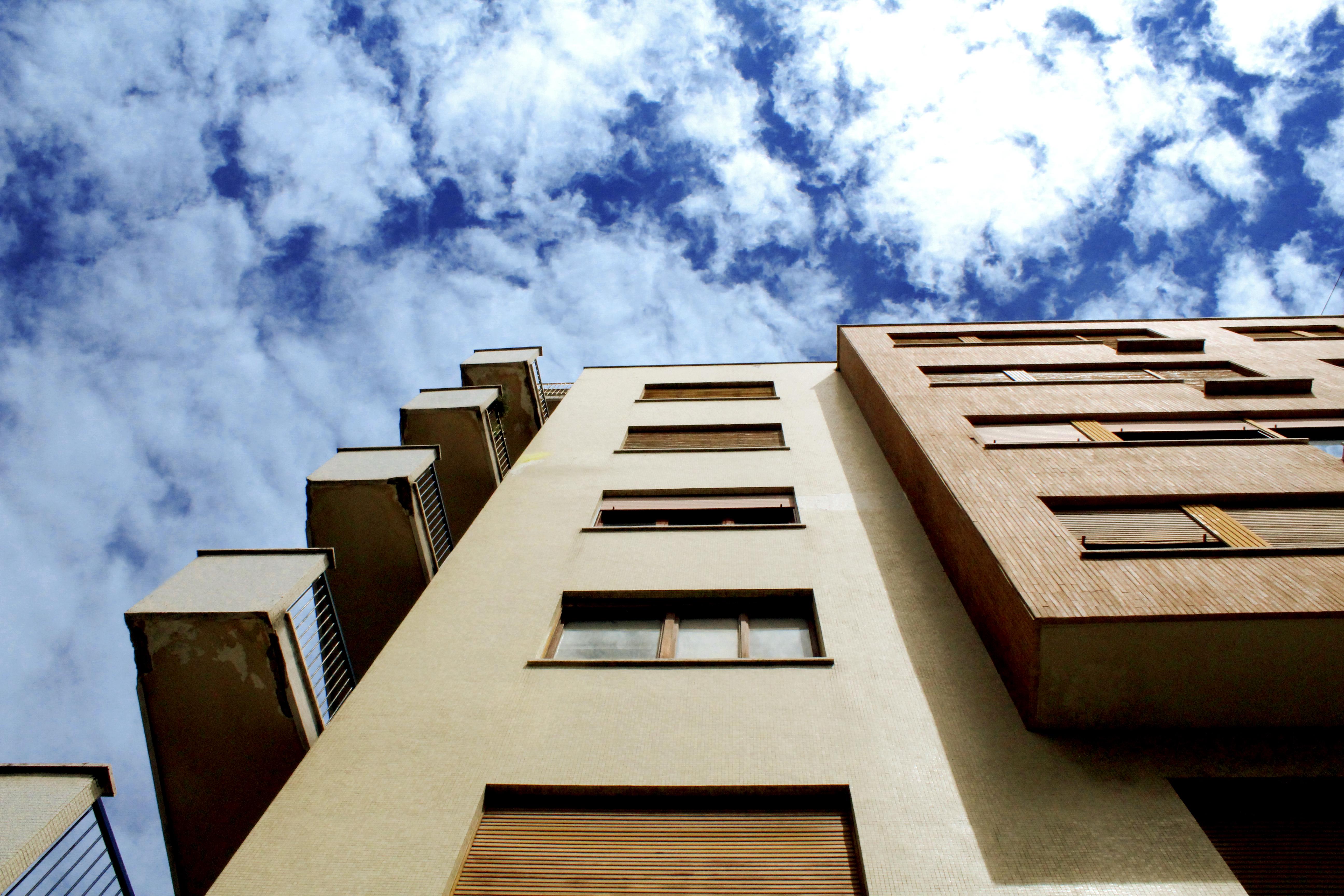 Venda de imóveis: aumento no 1º semestre no segmento residencial