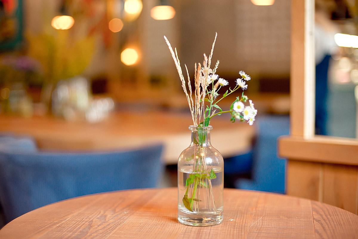 Decoração de mesa pode dar uma renovada no ambiente